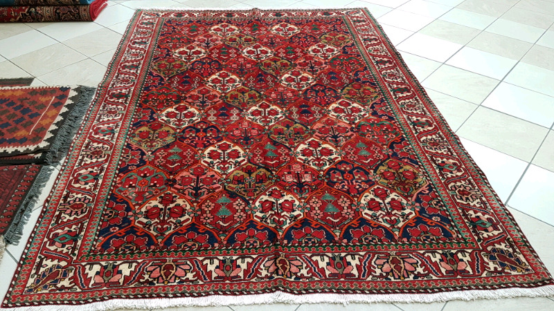 Best high quality Persian Carpets in dubai & Abu Dhabi acroos UAE